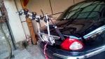 Имеется велобажник для перевозки от 1-го до 3-х велосипедов на задней двери багажника автомобиля Jaguar X-type 2008 г/в.